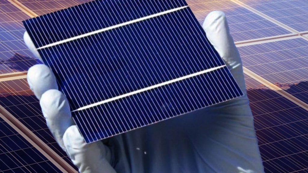 خط تولید صفحات خورشیدی